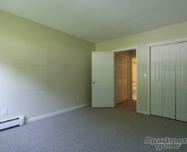One-bedroom Apartments in Pomfret, CT - Putnam Rd.
