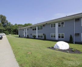 Studio Apartments in Pomfret, CT - Putnam Rd.
